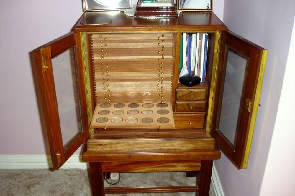 cabinet002.thumb.jpg.1b991d74e3ec6c8a4a2