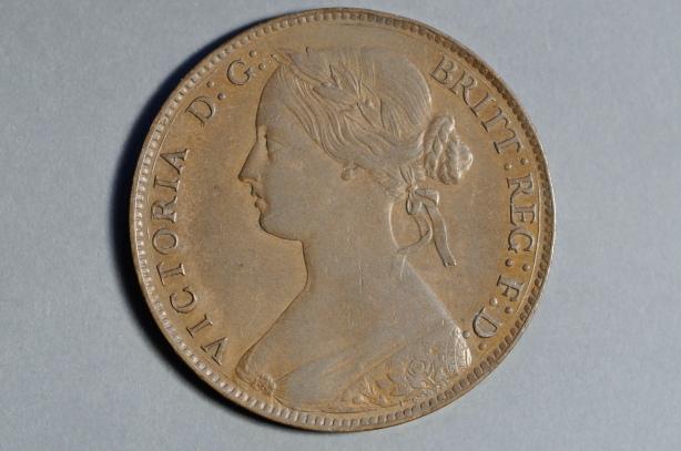 1861 F24 missing top leaf obv.JPG
