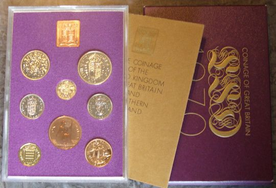 1970 British Proof set, in white envelope + paper REDUCED
