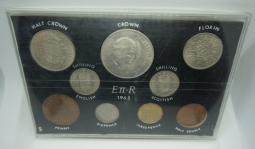 1965 Coin set in case